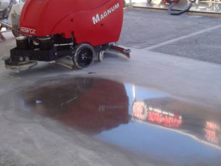 Diamond polishing concrete & stone floors